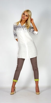 Sports- elegant long lady's linen shirt in white with spectacular rim 30198